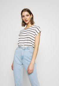 Vero Moda - VMWIDE KATHY STRIPE  - Print T-shirt - snow white - 0