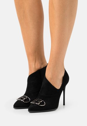 Ankle boots - micro black