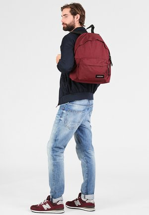 PADDED PAK'R - Rucksack - crafty wine