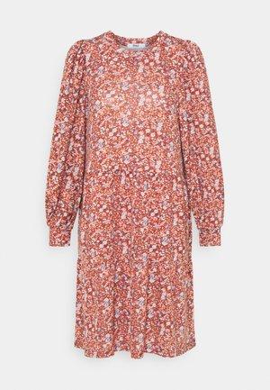 ONLSKY DRESS - Robe en jersey - bossa nova
