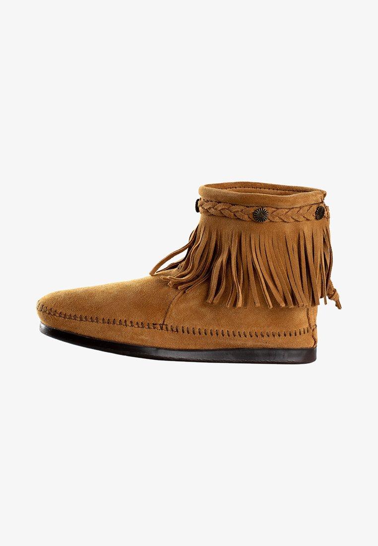 Minnetonka Hi Top Back Zip Ankle Boot Botki Tan Jasnobrazowy Zalando Pl