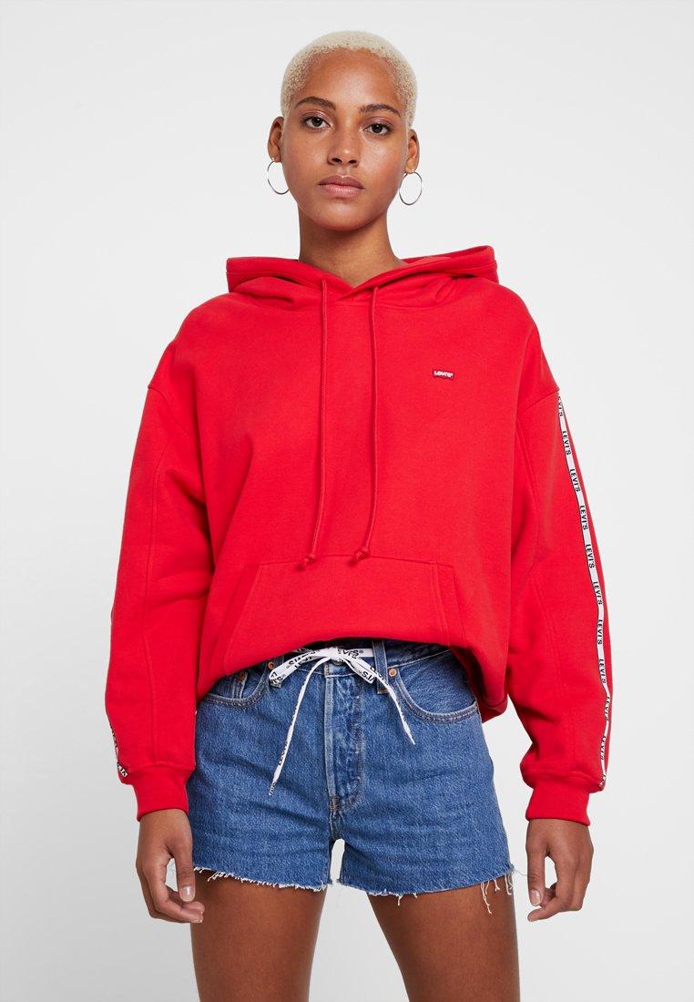 Levi's® - UNBASIC HOODIE - Hoodie - brilliant red