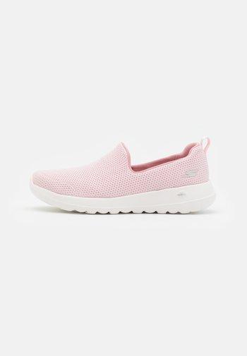 GO WALK JOY ADMIRABLE - Walking trainers - light pink