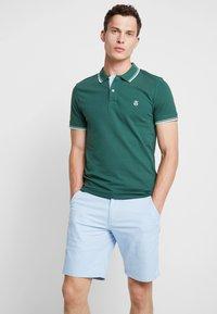 Selected Homme - SLHNEWSEASON - Polo shirt - trekking green - 0