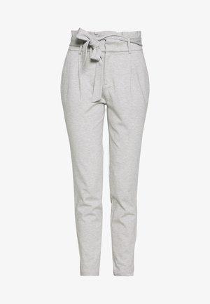 ONLPOPTRASH EASY PAPERBAG PANT - Pantaloni - light grey melange