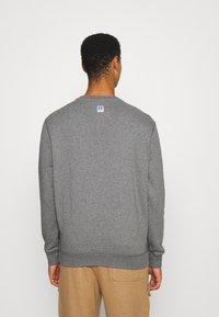 BOSS - BOSS X RUSSELL ATHLETIC STEDMAN - Sweatshirt - medium grey - 2