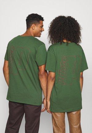 TEE UNISEX - Triko spotiskem - dark green