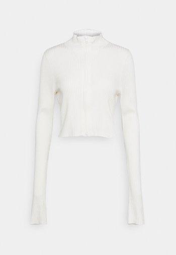 LISSA CARDIGAN - Strikjakke /Cardigans - white light