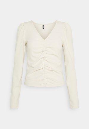 PCDUBAINE TOP - Long sleeved top - beige