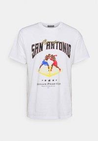 SAN ANTONIO FIGHT CLUB - Print T-shirt - white