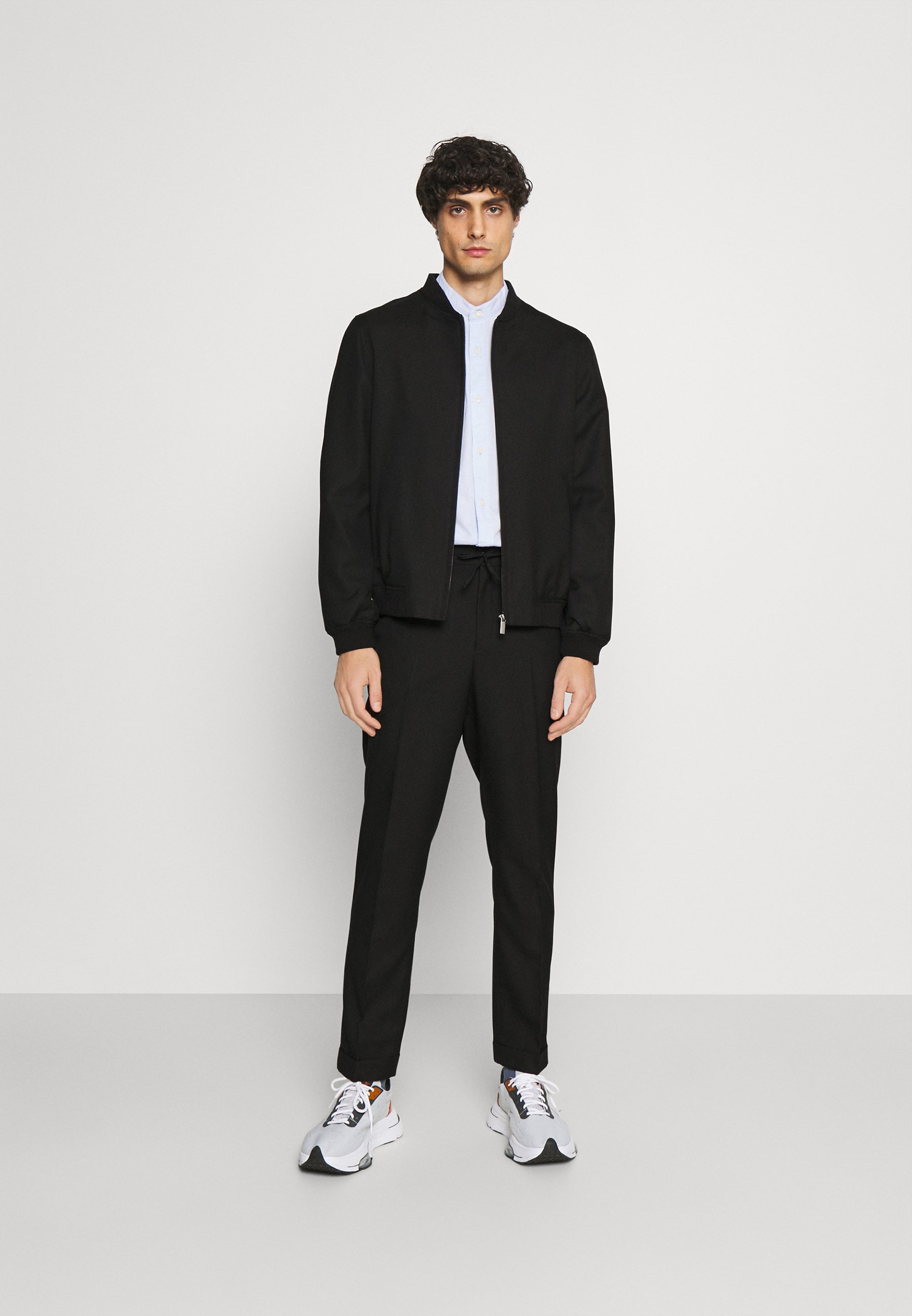 Men LIGHTWEIGHT & DRAWCORD TROUSERS - Trousers