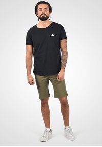 Solid - Jeansshort - dusty olive - 1