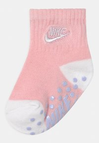 Nike Sportswear - TODDLER ANKLE 3 PACK - Socks - arctic punch - 1