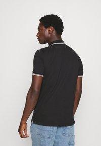 Marc O'Polo - SHORT SLEEVE CONTRAST TIPPING - Polo shirt - black - 2