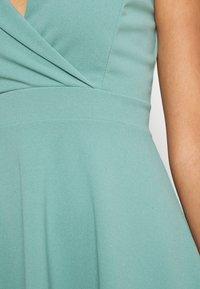WAL G. - RIRI SKATER DRESS - Koktejlové šaty/ šaty na párty - sage green - 5