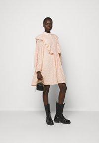 Hofmann Copenhagen - ELISE - Shirt dress - rose dust - 1