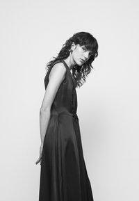 Roksanda - ALESIS DRESS - Iltapuku - black - 5