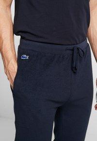 Lacoste - Pyjamasbyxor - navy - 4