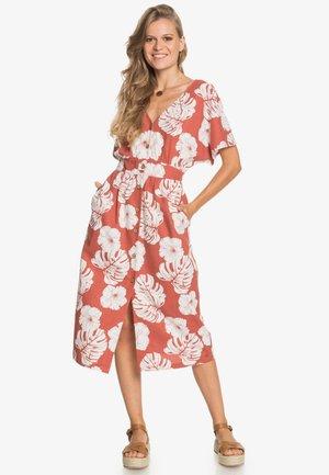 SUNNY MEMORIES - Day dress - marsala