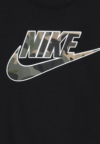 Nike Sportswear - TEE FUTURA FILL - Print T-shirt - black - 4