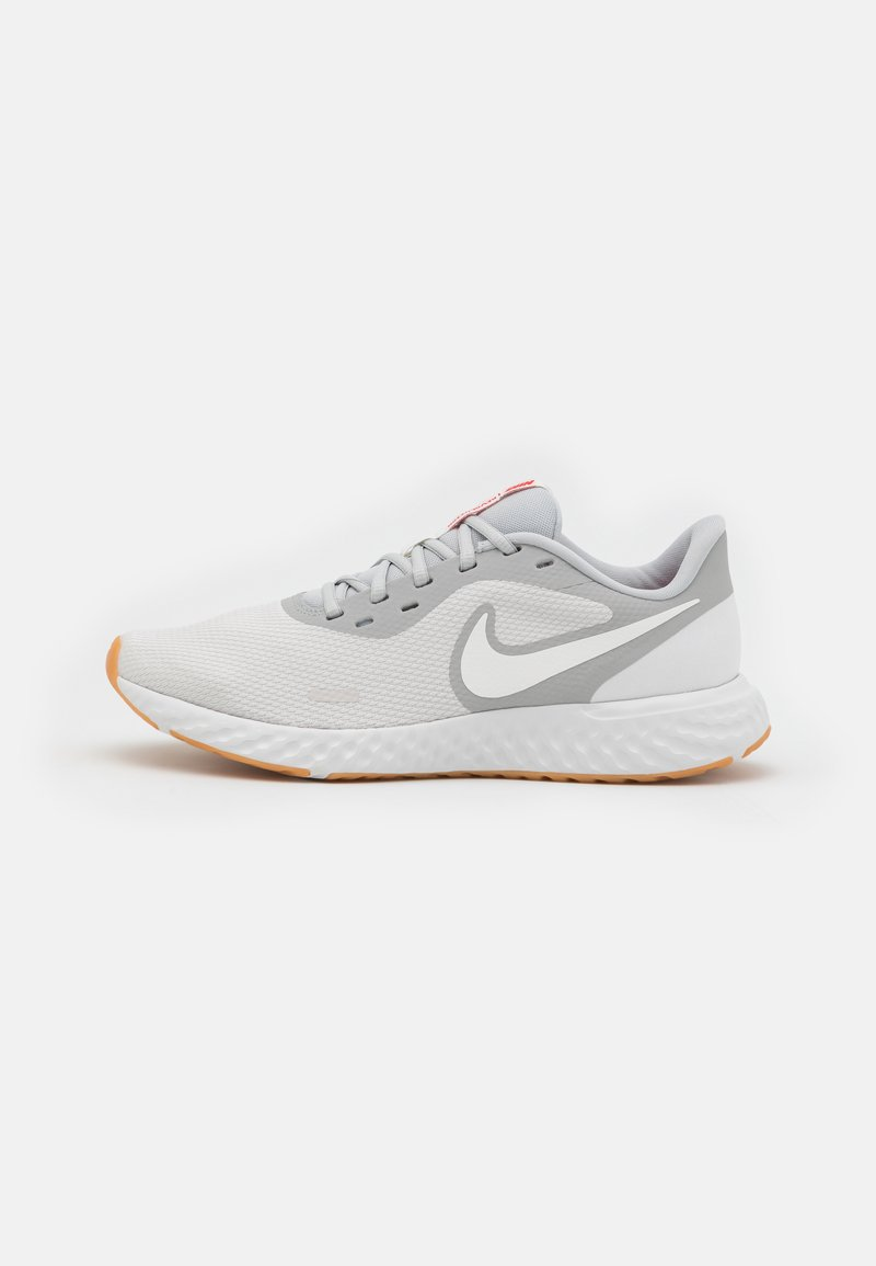 Nike Performance - REVOLUTION 5 - Neutral running shoes - platinum tint/summit white/grey fog/white/yellow/chile red