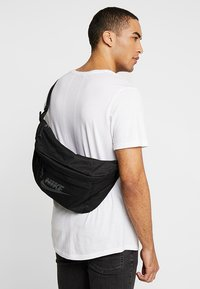 Nike Sportswear - TECH HIP PACK - Bum bag - black - 1