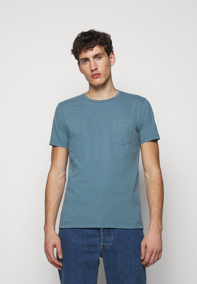 WILLIAMS - T-shirts - bioindigo