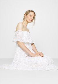 Maya Deluxe - SCATTERED SEQUIN BARDOT MAXI DRESS - Společenské šaty - white - 3