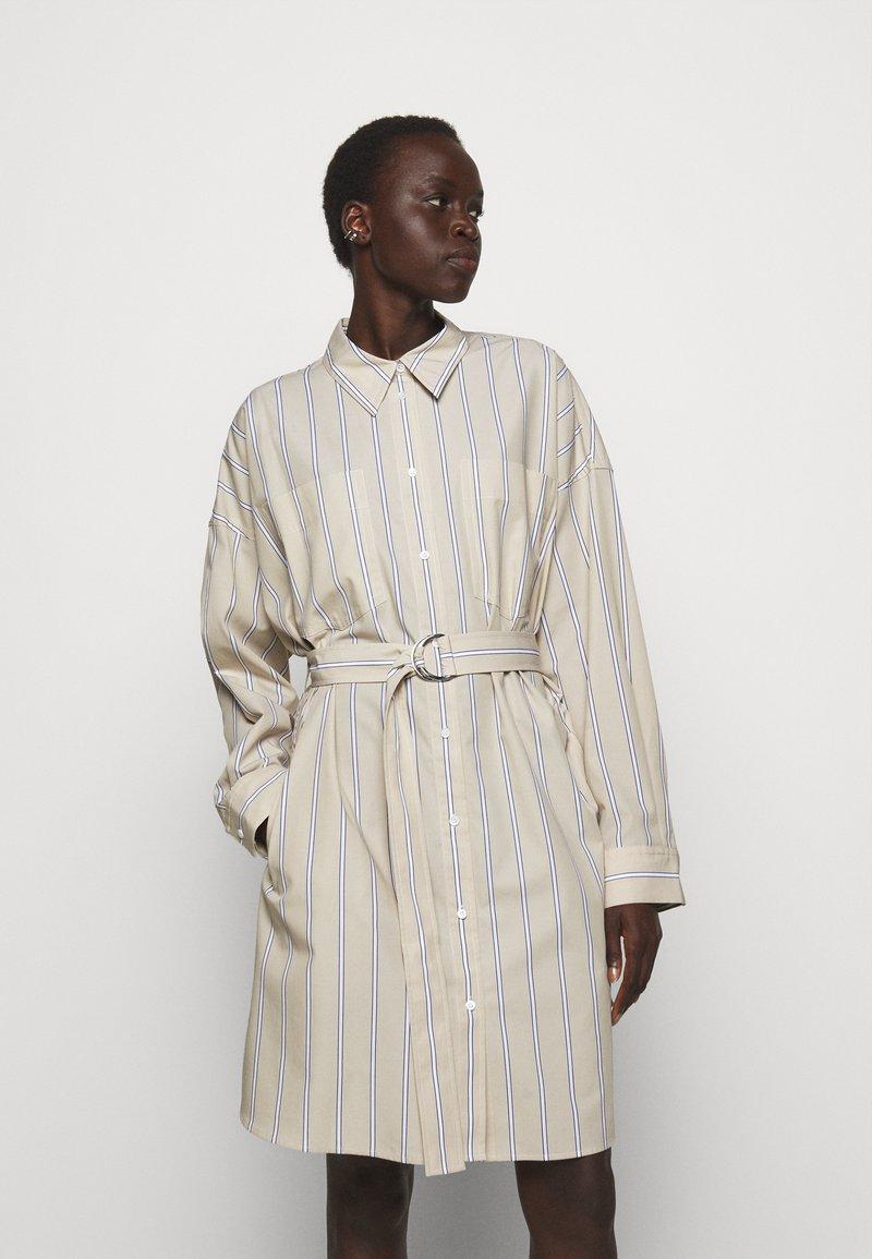 3.1 Phillip Lim - STRIPED BUTTON UP SHIRT DRESS - Shirt dress - tan