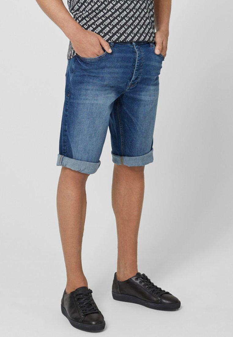 Q/S designed by - Denim shorts - stone blue denim