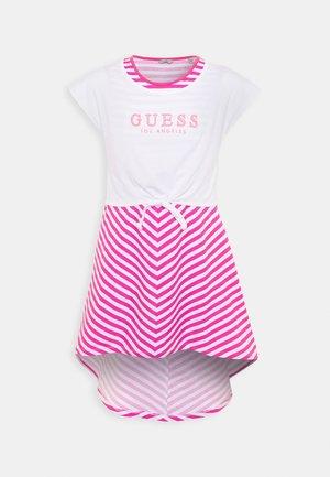DRESS - Vestito di maglina - pink/white