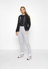 Even&Odd - Regular Fit Zip Sweat Jacket Contrast Cord - Hettejakke - black - 1
