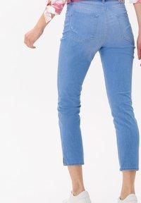 BRAX - STYLE CARO  - Slim fit jeans - used fresh blue - 2