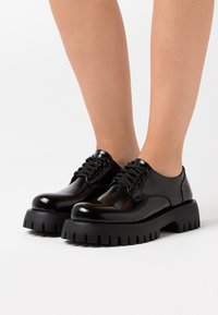 Koi Footwear - VEGAN EAGLE - Lace-ups - black - 0