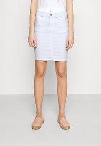 Pieces - PCLILI SKIRT  - Denim skirt - bright white - 0