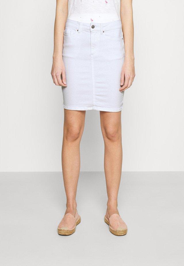 PCLILI SKIRT  - Falda vaquera - bright white