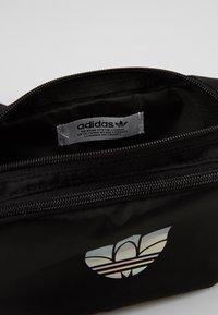 adidas Originals - ESSENTIAL WAIST - Bum bag - black - 2
