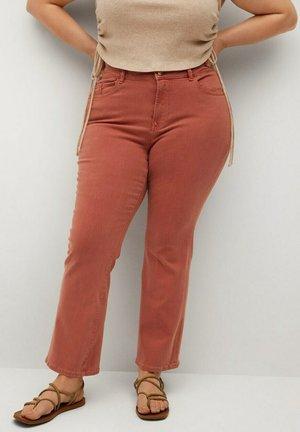 MARTINA - Bootcut jeans - bräunliches orange