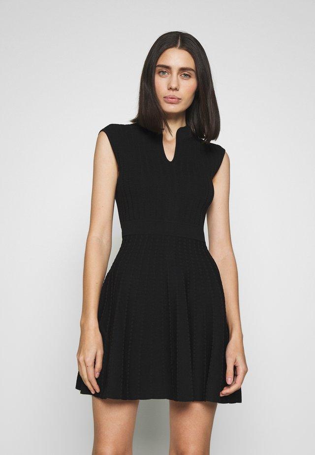 SHARNN - Jumper dress - black