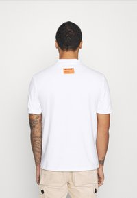 Sixth June - HIGH NECK TEE - T-shirt con stampa - white - 2