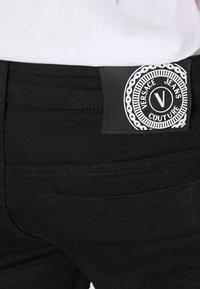 Versace Jeans Couture - Džíny Straight Fit - black - 6