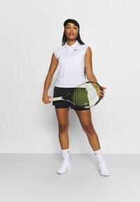 Nike Performance - Pantaloncini sportivi - black/white - 1