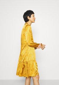 Saint Tropez - DENORA EDA DRESS - Day dress - bronze brown - 4
