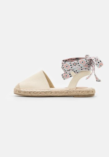 Sandals - offwhite