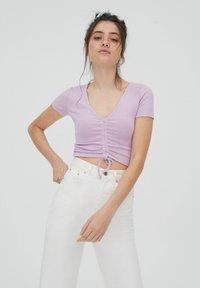 PULL&BEAR - T-shirts print - purple - 0