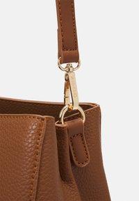 Valentino Bags - SUPERMAN - Handbag - cognac - 3