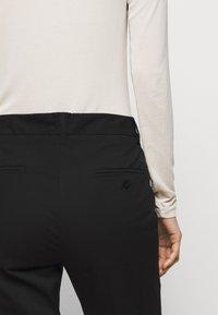 WEEKEND MaxMara - FARAONE - Kalhoty - schwarz - 3