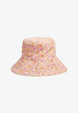 Chapeau - pink