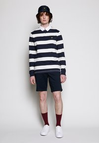 Lyle & Scott - STRIPED RUGBY RELAXED FIT - Piké - dark navy - 3