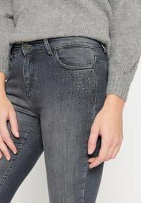 LolaLiza - Jeans Skinny Fit - dnm - med grey - 3